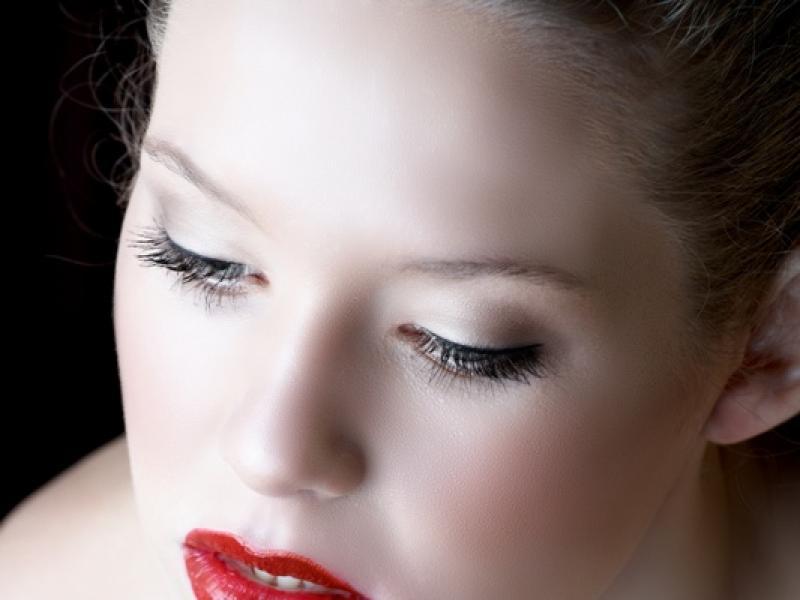 Jak działają kosmetyki powiększające usta?