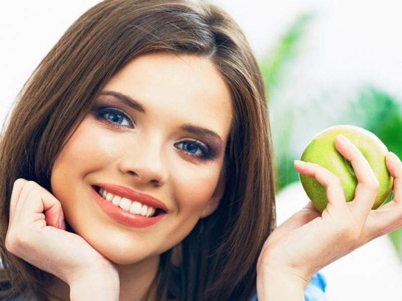 Jak działają witaminy w kosmetykach?