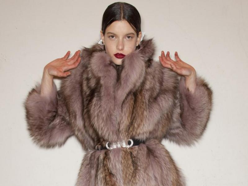 Jak nosić futra, żeby nie wyglądać grubo