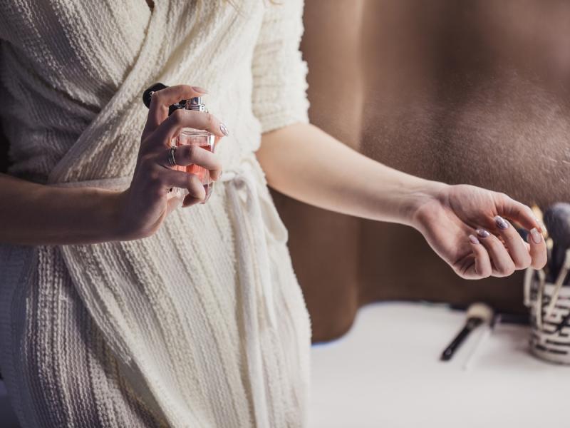 Jak odróżnić oryginalne perfumy od podróbki? 6 sprawdzonych sposobów