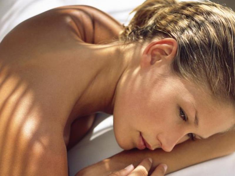 Jak pielęgnować skórę po opalaniu