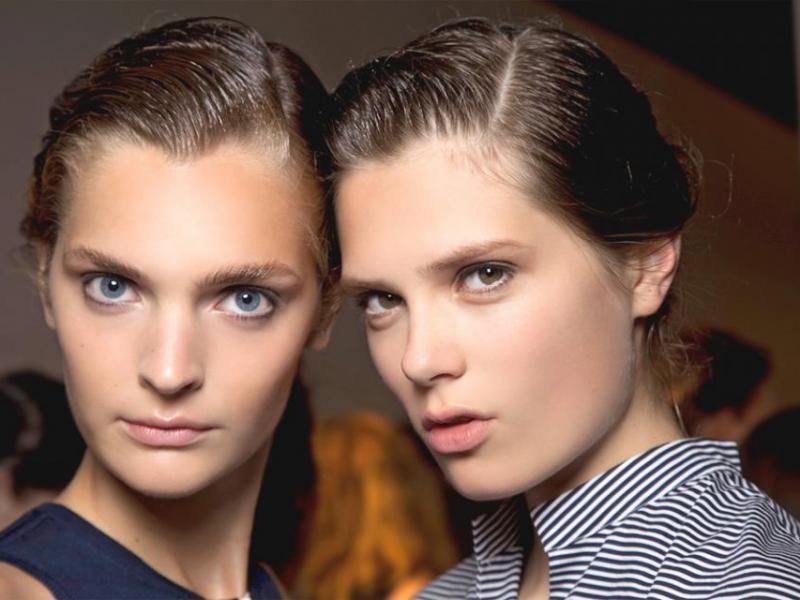 Jak pielęgnować tłuste włosy