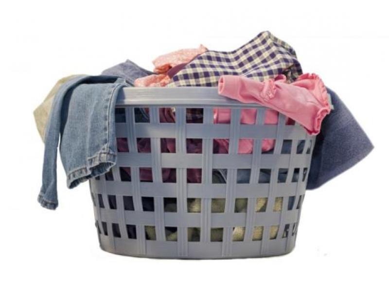 Jak przygotować ubranie do prania?