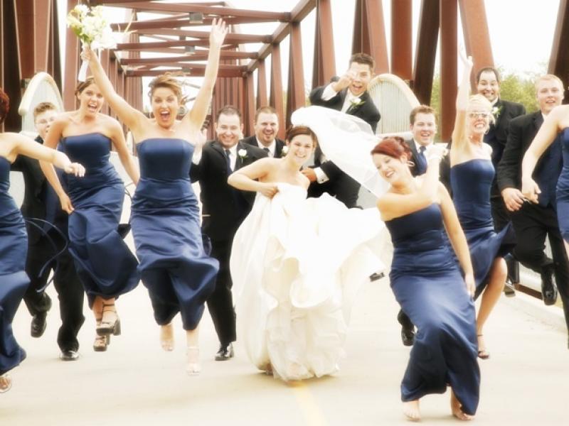 Jak się nie ubierać na przyjęcia ślubne i wesela - porada