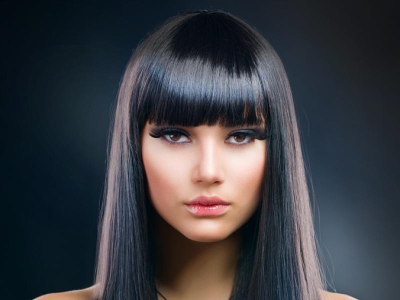 Jak trwale wyprostować włosy?
