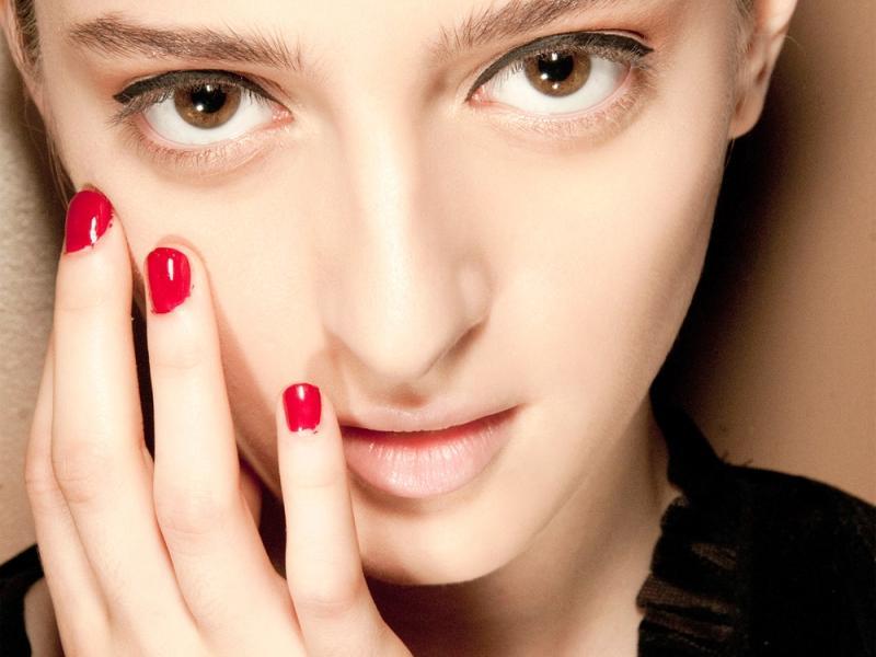 Jak usunąć makijaż permanenty