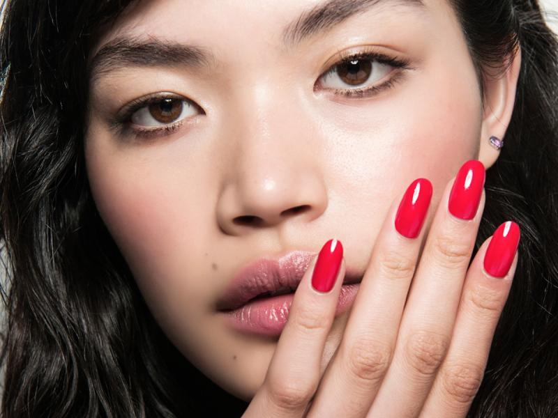 jak usunąć sztuczne paznokcie