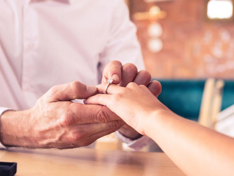 Jak wybrać odpowiedni rozmiar pierścionka?
