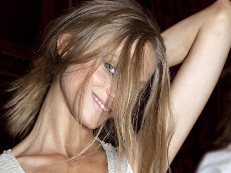 Jak wzmocnić cienkie włosy