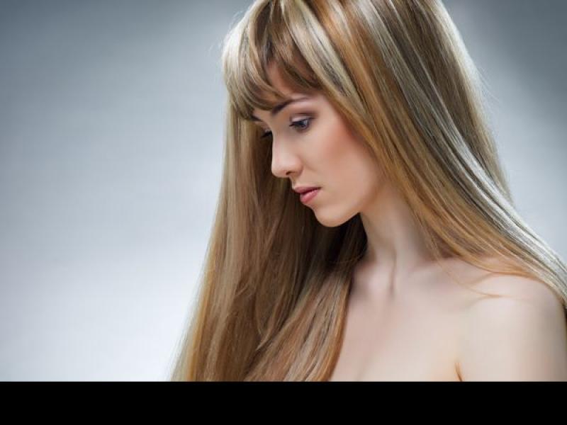 Jak wzmocnić wypadające włosy?