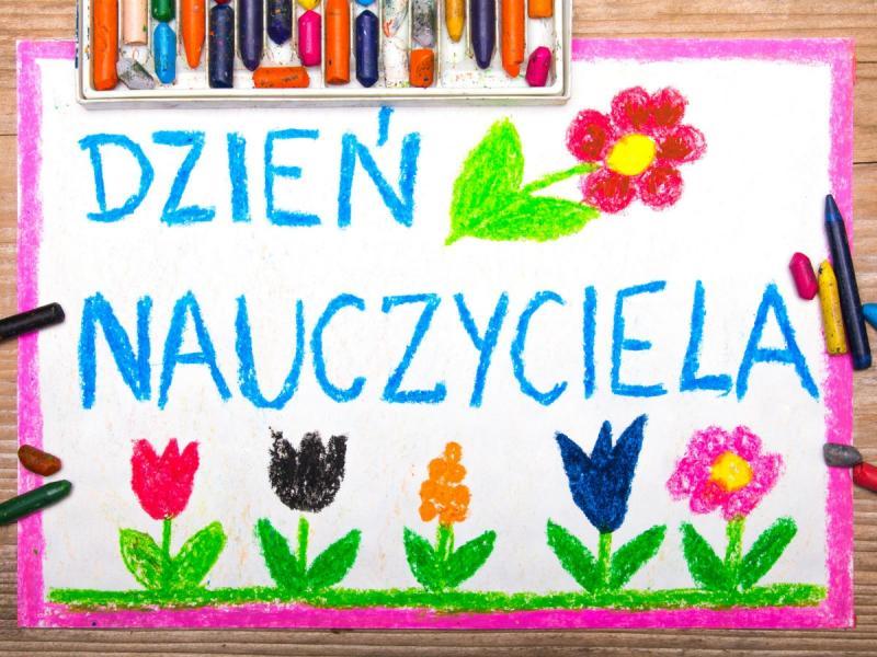 Jakie życzenia wybrać na Dzień Nauczyciela? - Uroczystości rodzinne -  Polki.pl