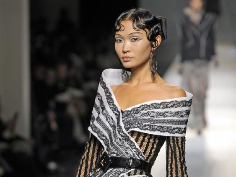 Jean Paul Gautier haute couture 2009 (video)