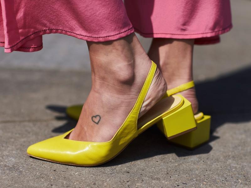 Tatuaż Na Stopie Jest Dyskretny I Kobiecy Jaki Wzór Wybrać