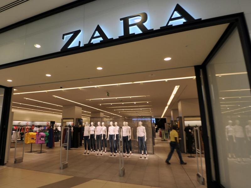 Klapki zdobione perłami hitem sprzedażowym Zary. Co o nich myślicie?