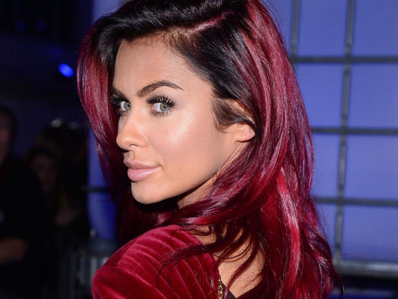 Czerwone Włosy Komu Pasują I Jak Utrzymać Ich Intensywny