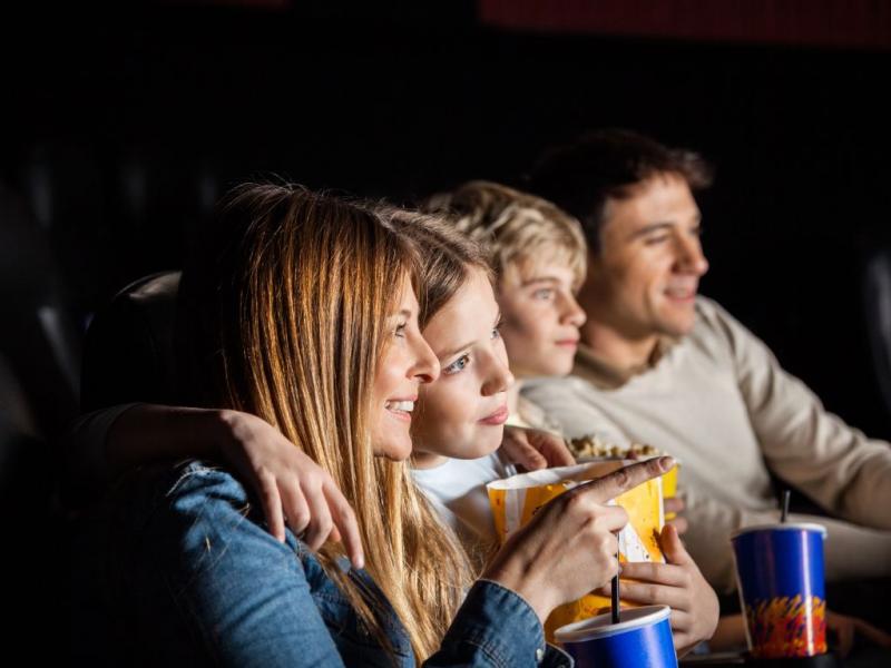 rodzina w kinie