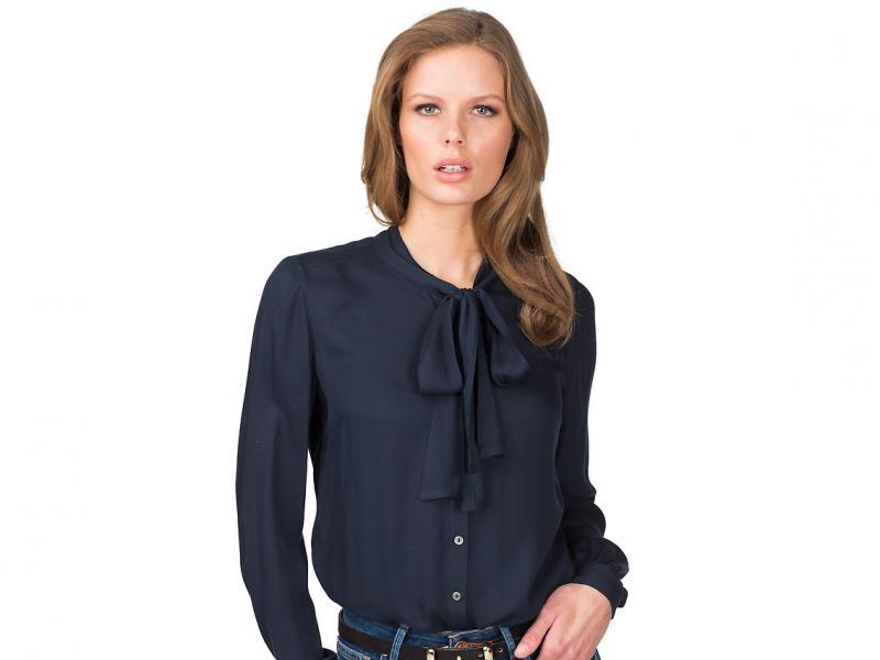c7a07528755d6 Koszule i bluzki Tommy Hilfiger na jesień i zimę 2013 14 - Trendy sezonu -  Polki.pl