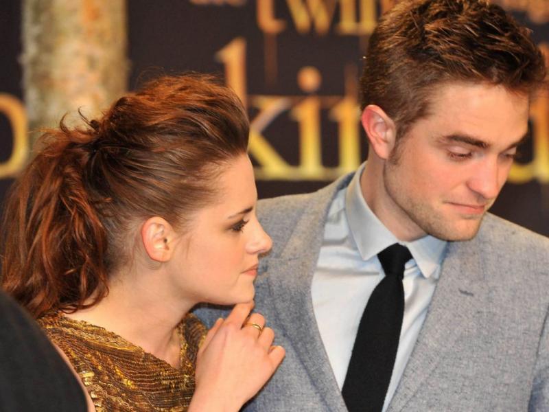 z kim teraz spotyka się Robert Pattinsonco mamy na myśli