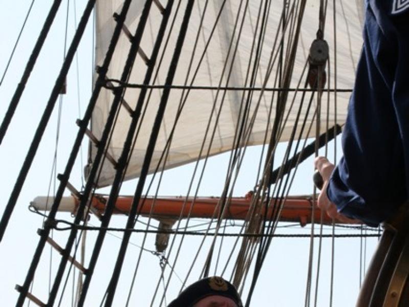 Obowiązujące od 2008 roku stopnie żeglarskie to: żeglarz jachtowy, sternik jachtowy, jachtowy sternik morski i kapitan jachtowy.