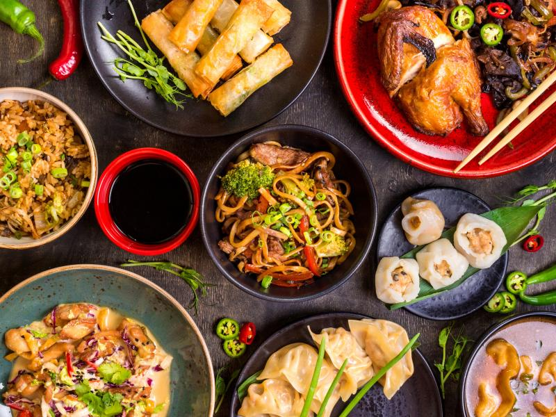 Kuchnia Chinska Przepisy Na Najpopularniejsze Potrawy Chinskie Ksiazki Kucharskie Polki Pl