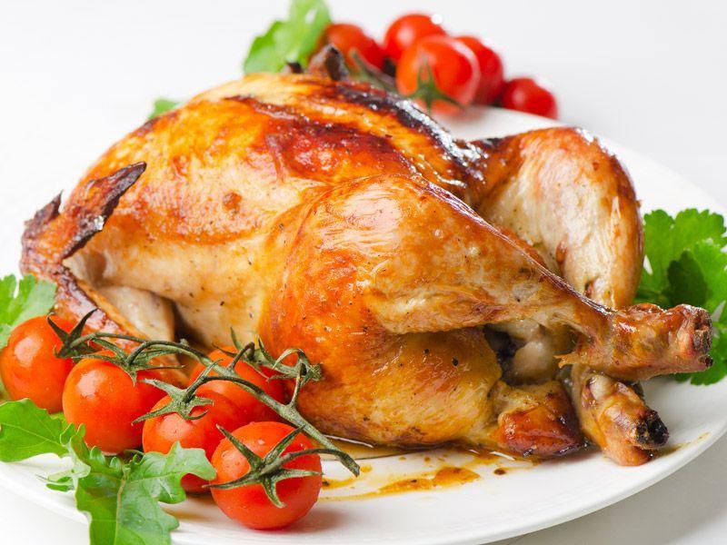 """Хот-дог с овощами, блинчики с начинкой, куриные крылышки в кафе """"ZAPRAVKA"""" от 1,90 руб."""