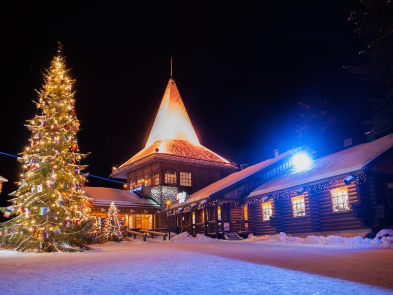 Laponia, renifery i św. Mikołaj