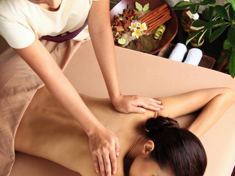 Lomi Lomi - więcej niż masaż