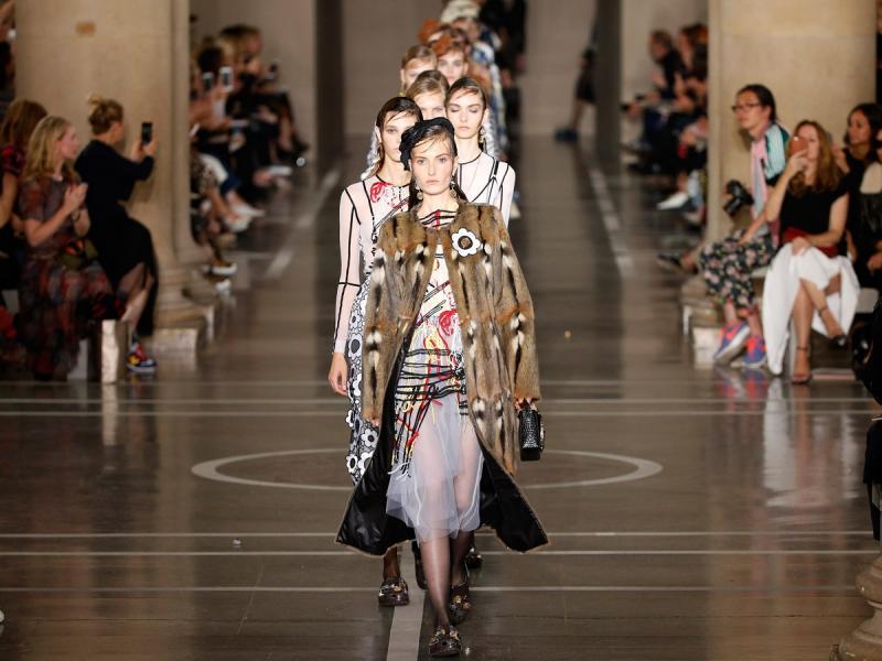 London Fashion Week: najbrzydsze buty świata będą hitem lata 2017