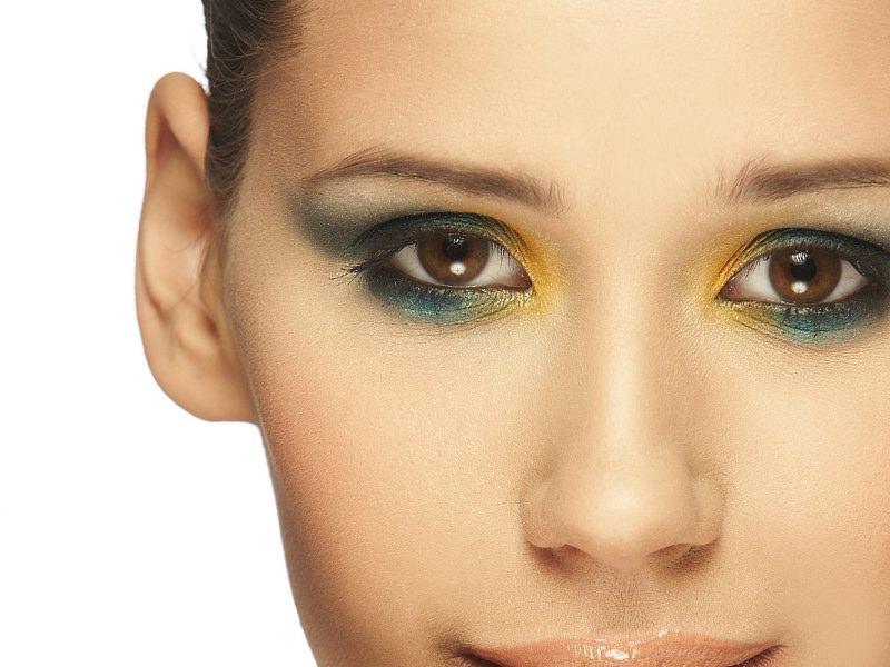 Make-up na lato