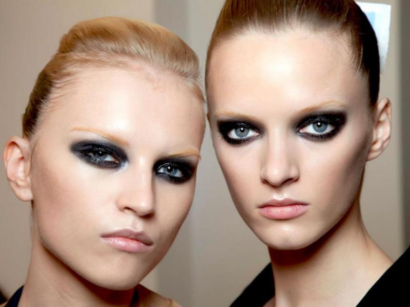 Makijaż - trendy wiosna 2012