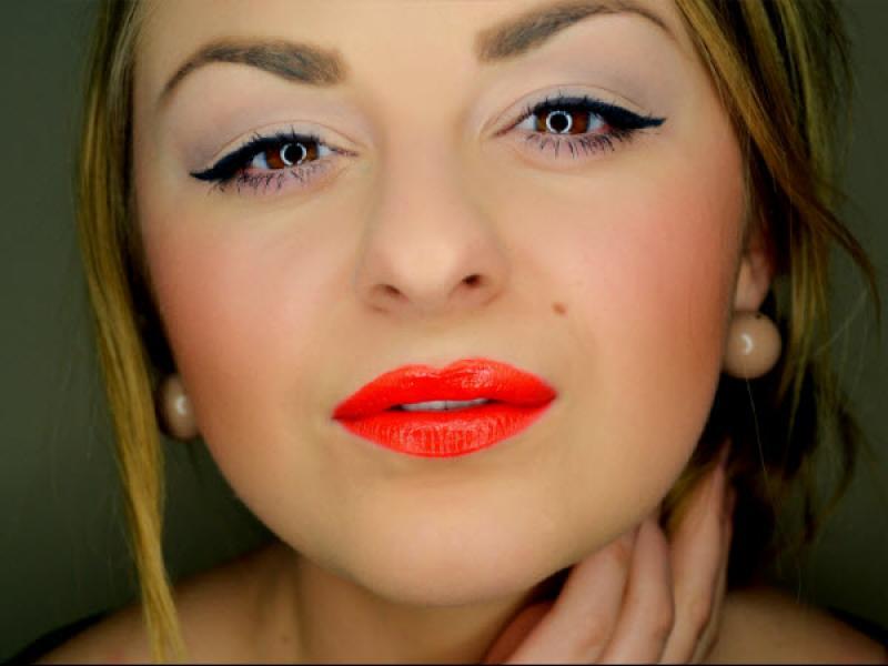 Makijaż W Stylu Marilyn Monroe Krok Po Kroku Twarz I Makijaż