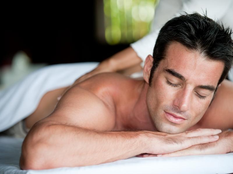 Mężczyzna w spa