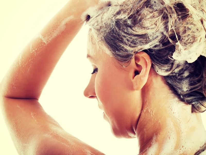 Na czym polega laminowanie włosów żelatyną?