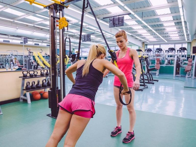 Na czym polega trening TRX Suspension Trainer?