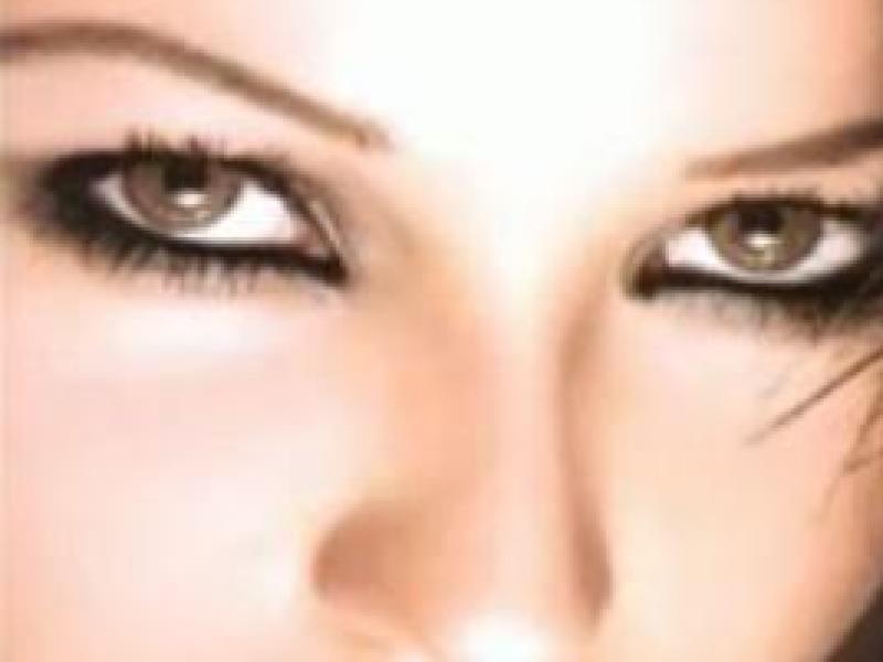 Najprostszy makijaż smoky eyes (video)