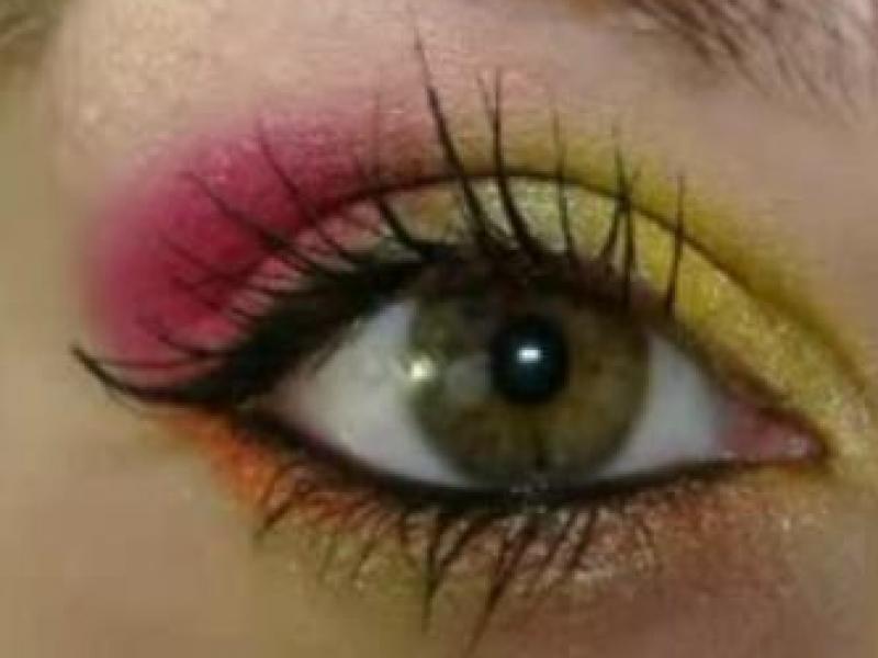 Neonowy makijaż oczu (video)