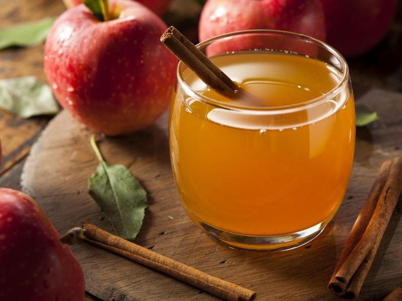 ocet jabłkowy na skórę i włosy