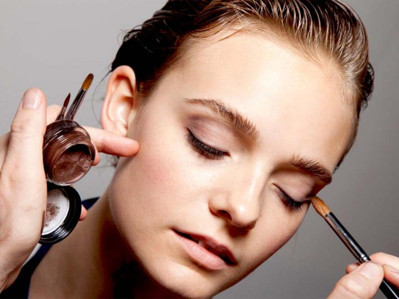Delikatny Makijaż Oczu Jak Zrobić Makijaż Powiększający Oczy