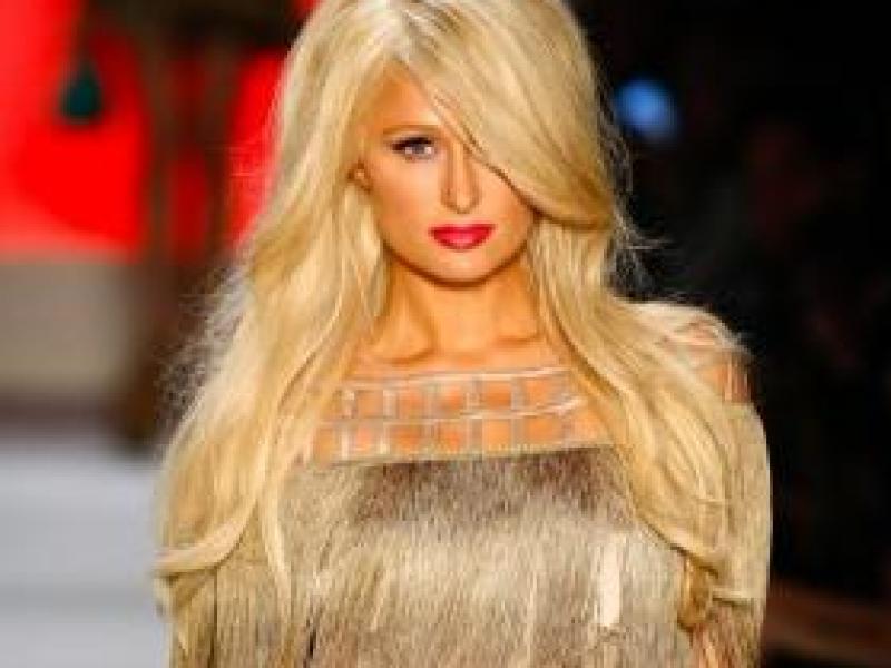 Paris Hilton modelką na Sao Paulo Fashion Week (video)