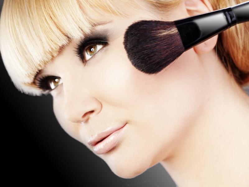 Pędzle do makijażu – co powinnaś wiedzieć?