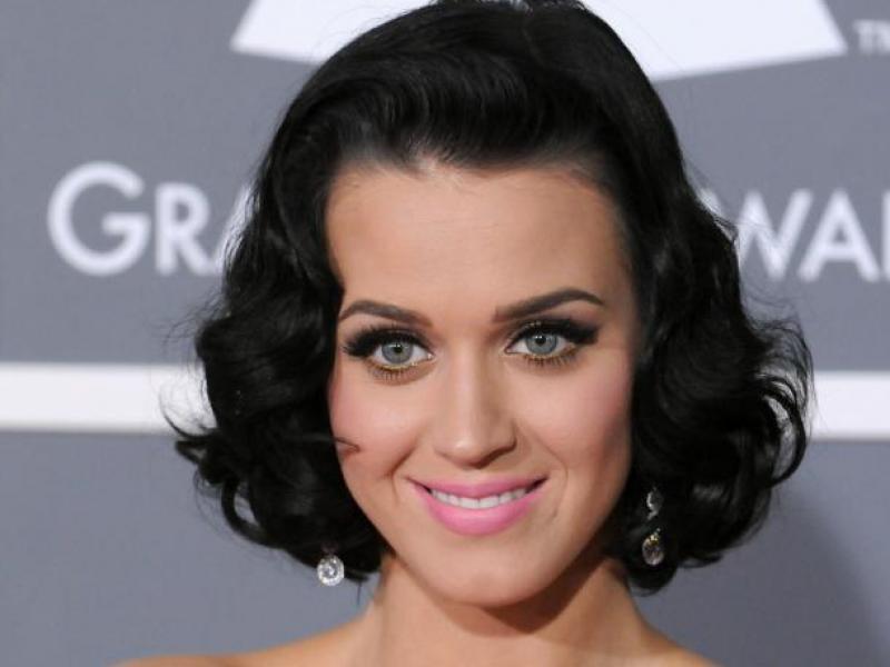 Perry czy Kardashian