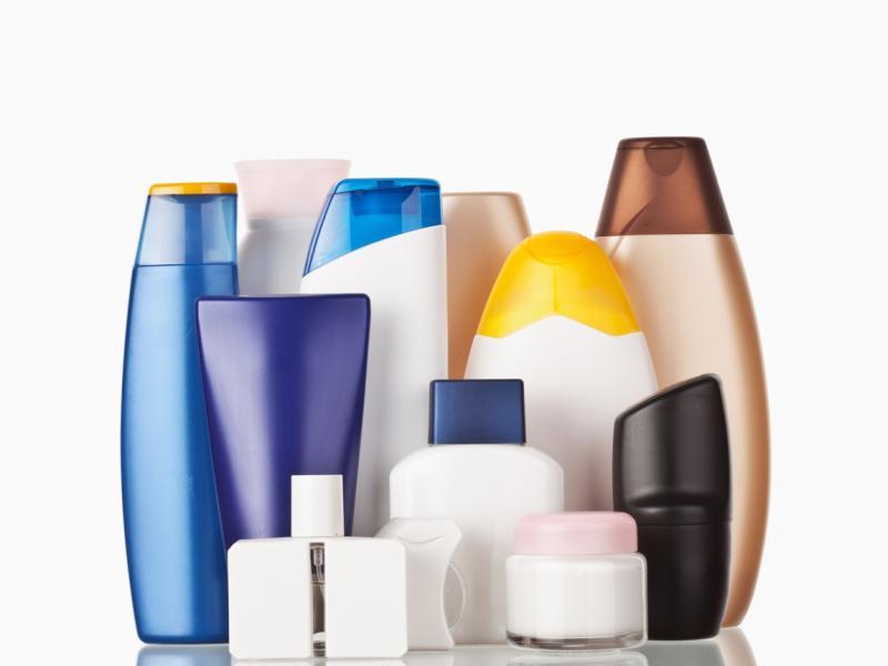 Piękno za wszelką cenę – szkodliwe działanie składników kosmetyków