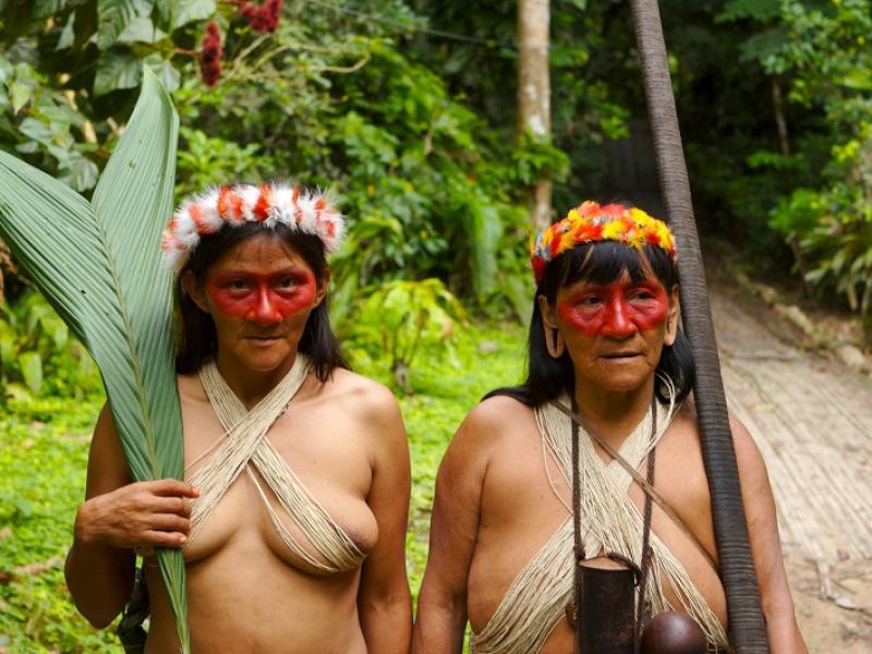 Plemienne modyfikacje ciała – zdjęcia