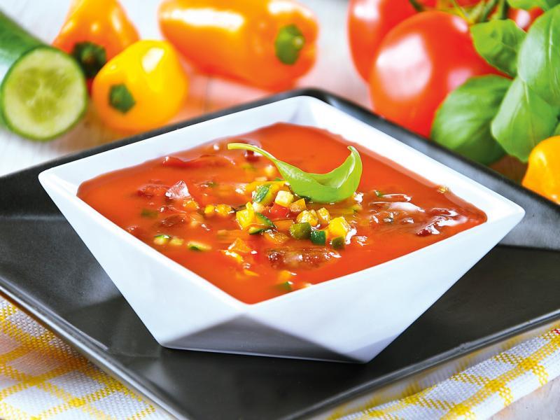 Przepis na chłodnik gazpacho, który zrobisz w mniej niż 20 minut