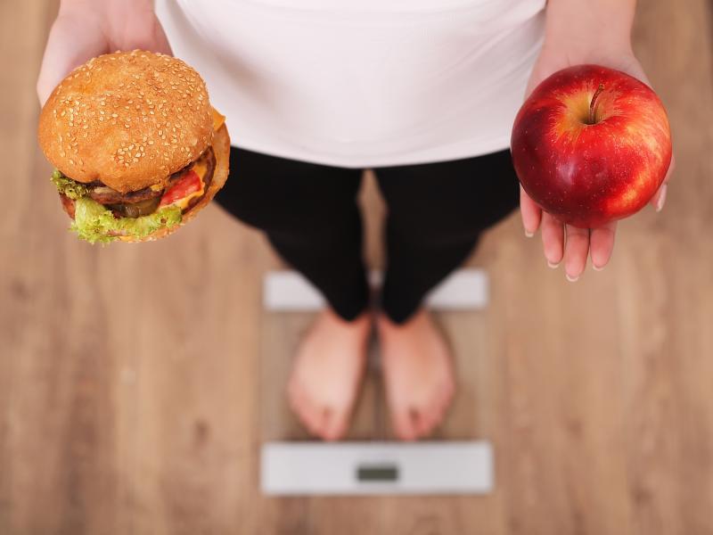 Przez tydzień jadły zdrowo i prowadziły fit styl życia. Czy schudły i jak się teraz czują?