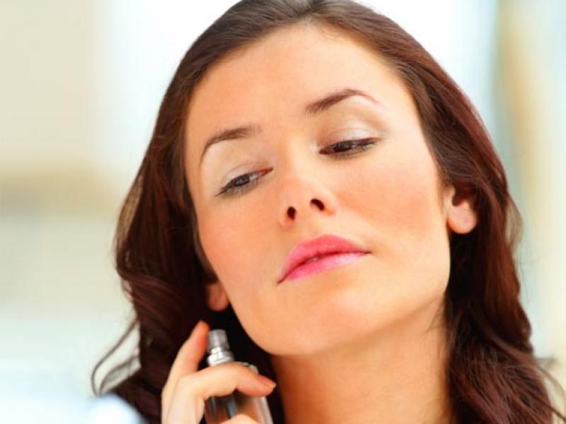 Psychotest: Jakie perfumy pasują do ciebie