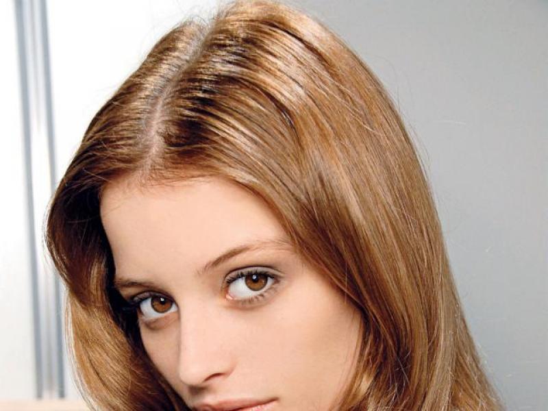Rozpuszczone Włosy Na 3 Sposoby Fryzury Polkipl
