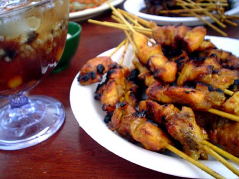 Sataye z kurczaka - orientalne szaszłyki