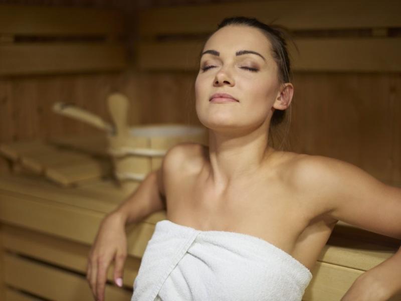 Saunowy savoir vivre – poznaj zasady korzystania z sauny!
