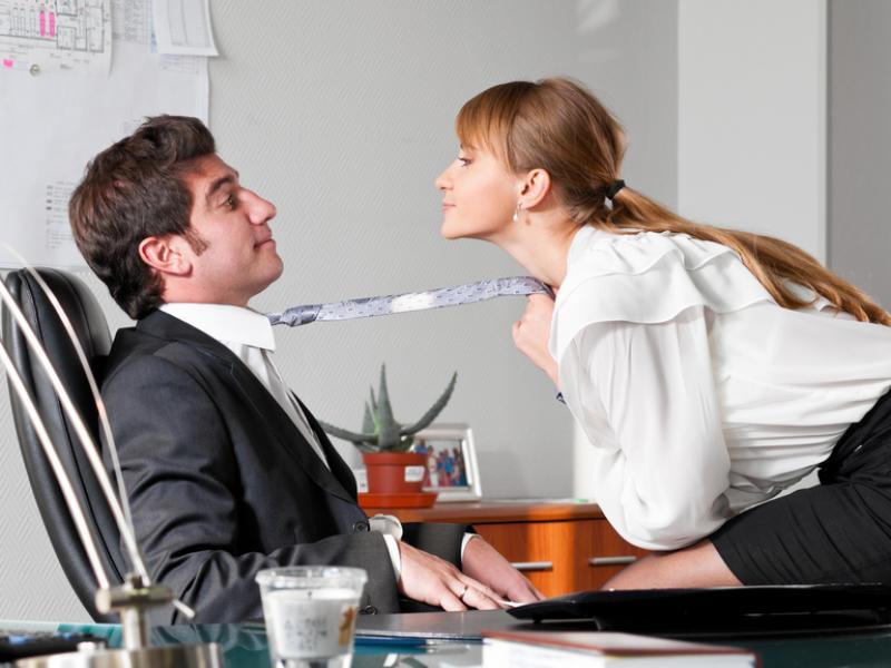 seks w pracy czy Żydzi mają wielkie fiuty